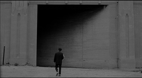 Henry's lonely walk in Eraserhead